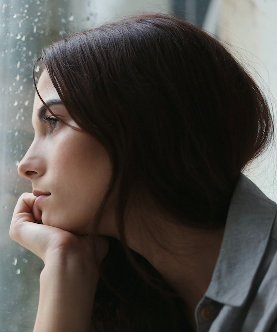 Depressed lady seeing in minnor | SCPC TMS